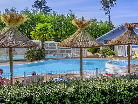 camping with heated pool landes