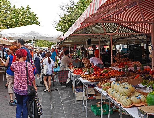 landais market