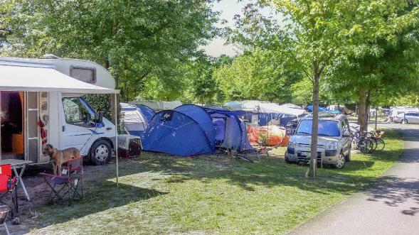 Louez un emplacement de camping à Parentis